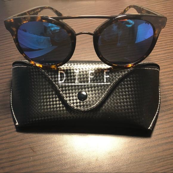 3851f797a3 Diff Eyewear Accessories - DIFF Eyewear Astro Sunglasses